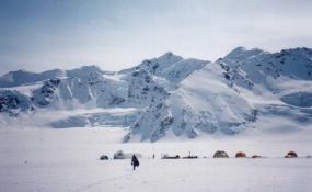 Glacier Coring (2)
